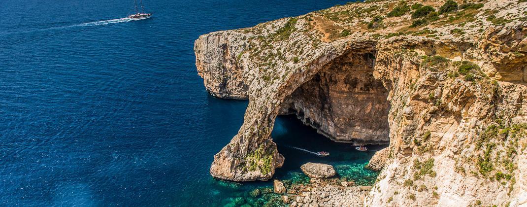 Gita in barca a Blue Grotto