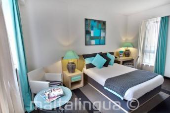 C amera da letto all'hotel Juliani, St Julians, Malta
