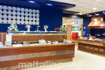 Il buffet della sala da pranzo del residence