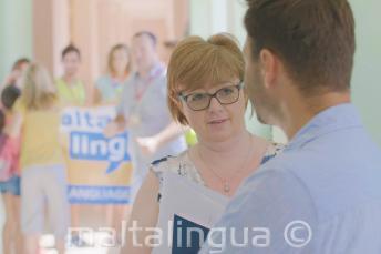 Il personale di Maltalingua al campus estivo