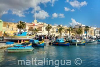 Villaggio di pescatori a Malta