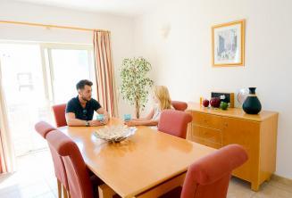 Appartamenti della scuola di lingua a St Julians, la sala da pranzo